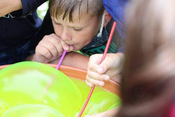 Burbulų Dėdės edukacijos metu (2)